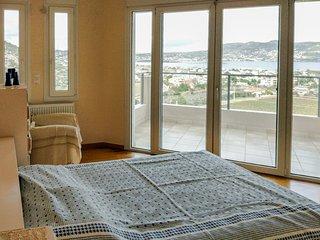 Superb view 4br Villa near Sea, Porto Rafti
