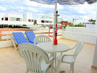 2 min walk from the beach (apt2), Protaras