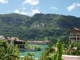 03 bedrooms fully equipped self-catering apartment on Eden Island