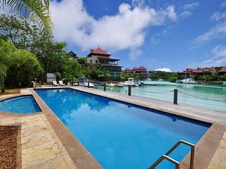 03 bedrooms fully equipped self-catering apartment on Eden Island,Seychelles