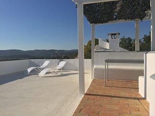 Villa de charme avec vue panoramique sur la mer & les jardins du Palacio d'Estoi