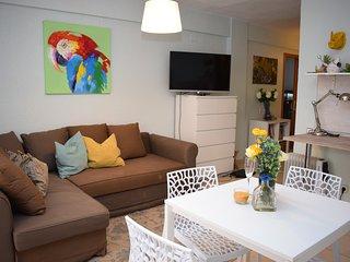 Bonito apartamento cerca de la playa. Via Aurelia.