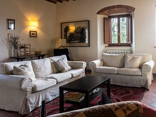 Chianti Rufina apartment. Stay in the country, close to Florence!, Pelago