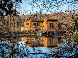 Un domaine privé de 25ha - En son coeur, un Lac - A son bord, une Cabane..., Saint-Vivien