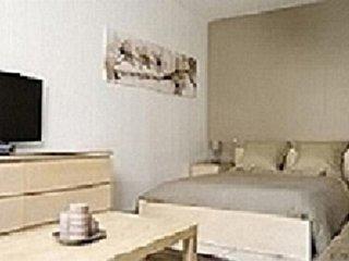 Studio apartment in Lyon with Lift, Parking, Washing machine (415124)