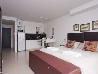 Studio apartment in Buenos Aires with Internet, Air conditioning, Lift, Balcony