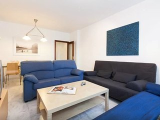 Apartment in Seville with Internet, Air conditioning, Lift, Parking (494491)