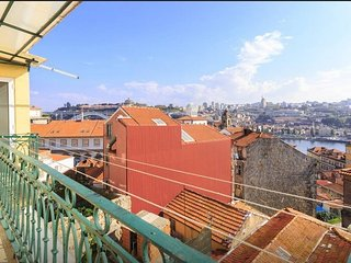Apartment in the center of Porto with Terrace, Balcony, Washing machine (502617)