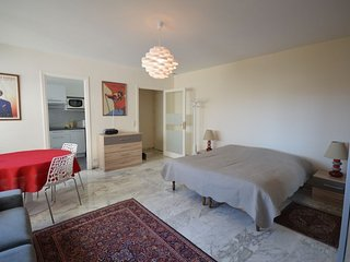 Studio apartment in the center of Cannes with Air conditioning, Lift (502847)