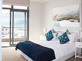 Apartment in Cape Town with Lift, Parking, Balcony (503974), Muizenberg