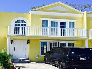 BEAUTIFUL BEACH SIDE 2 BEDROOM TOWNHOUSE IN NEGRIL JAMAICA
