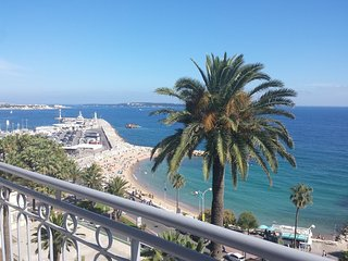 Studio apartment in the center of Cannes with Air conditioning, Lift, Terrace