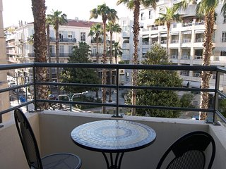 Apartment in the center of Cannes with Air conditioning, Lift, Terrace, Washing