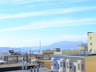 Villa in San Francisco with Parking (528287)