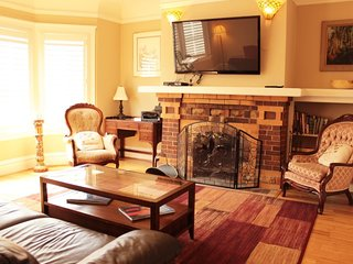 Villa in San Francisco with Parking (543145)