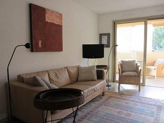 Studio apartment in the center of Cannes with Internet, Lift, Parking, Terrace