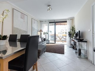Apartment in the center of Cannes with Internet, Air conditioning, Parking