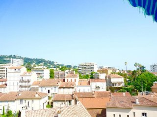 Apartment in the center of Cannes with Internet, Air conditioning, Lift