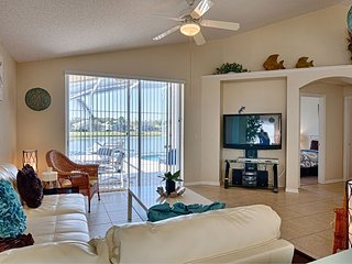 Villa in Kissimmee with Internet, Parking (562710)