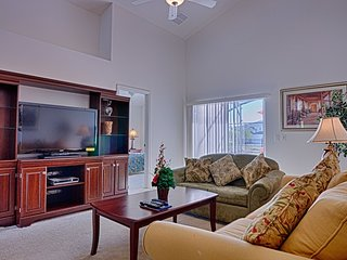 Villa in Kissimmee with Internet, Parking (562732)