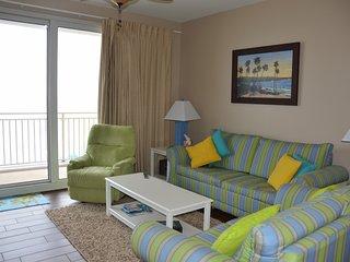Beachfront 2 BD/2 BA condo on 1st floor-gorgeous beach views-no elevator wait!