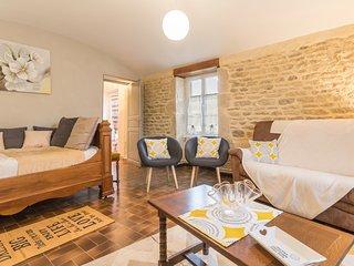 La Maison d' à Côté - Bourgogne -Côte d'Or - Gîte de France 3 Epis