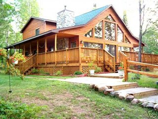 PRIVATE ISLAND VACATION RENTAL, Ojibwa