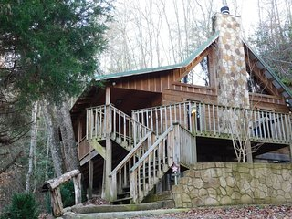 Mac's Hideaway - 1 BR Cabin - PRIVATE