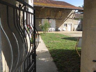 La Maison d' à Côté - Bourgogne -Côte d'Or - Gîte de France 3 Epis, Montbard