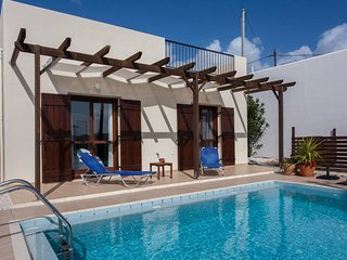 Cosy Villa, close to Nature & Sea!, Kolymbari
