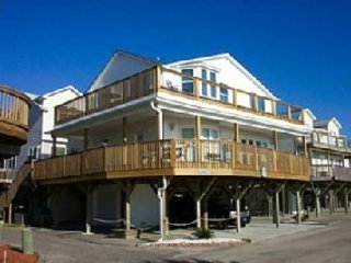 "Site 1085:  Direct ""Oceanfront"" 5 BR Raised Beach House, Myrtle Beach"