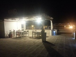 """Casa Vacanze """"LA BAIA"""" a 2 minuti dal mare...con ampia terrazza panoramica"""