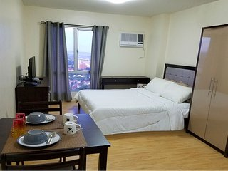 24th Flr. Penthouse I.T. Park Studio-Best Views!, Cebu City