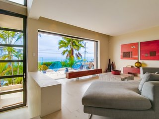 Cornish 823 House ~ RA147716, San Diego