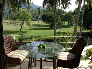Relaxing Golf Course View Apartment 2Br 2 Bthr, Ixtapa