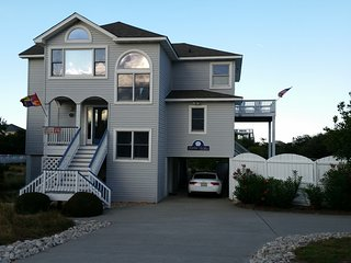 Whalehead 5br 5 bath Oceanside w/Pool Sleeps 12, Corolle