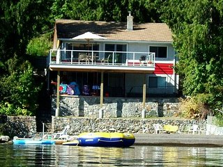 A 3 bedroom home with elevated views over the lake., Christina Lake