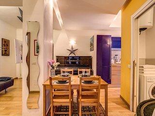 Spacious Donatello apartment in Borghese-Parioli with WiFi, integrated air condi
