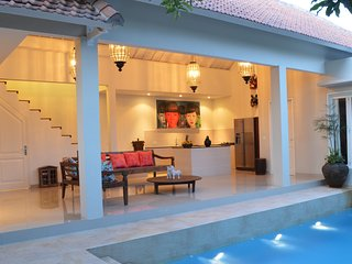Beautiful 2 Bedroom villa in Seminyak with stylish interiors