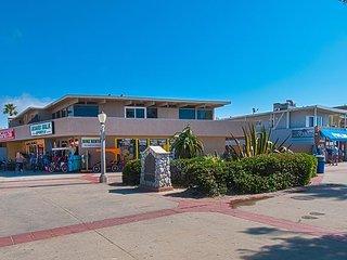 Oceanfront Condo Next to Newport Pier!