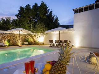 Luxury faber courtyard #15511.1