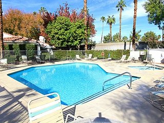 Mesquite Condo Courtyard, Palm Springs
