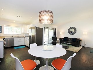 Marvelous Modern Mesquite Condo, Palm Springs