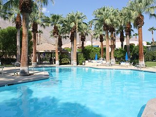 Deauville Vacation Condo, Palm Springs