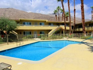 Sandstone Villas Condo, Palm Springs