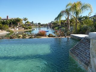 Luxury on the Lake Rancho Mirage