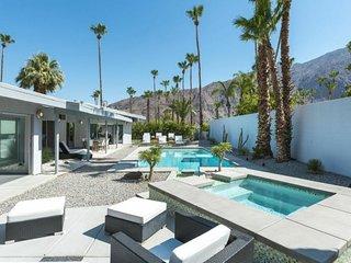 Midcentury Rose, Palm Springs