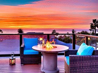 15% OFF APRIL Sweeping Ocean Views - Roof Top Deck & Hot Tub - Steps to Beach, La Jolla