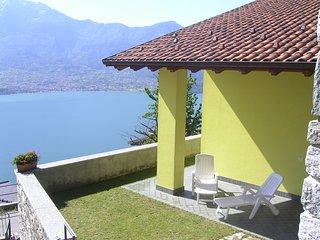Intima casetta (GIALLA) con stupenda vista lago - zona soleggiata e tranquilla., Trezzone