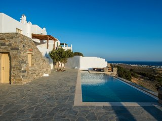 Villa with private swimming pool and amazing view, Aliki